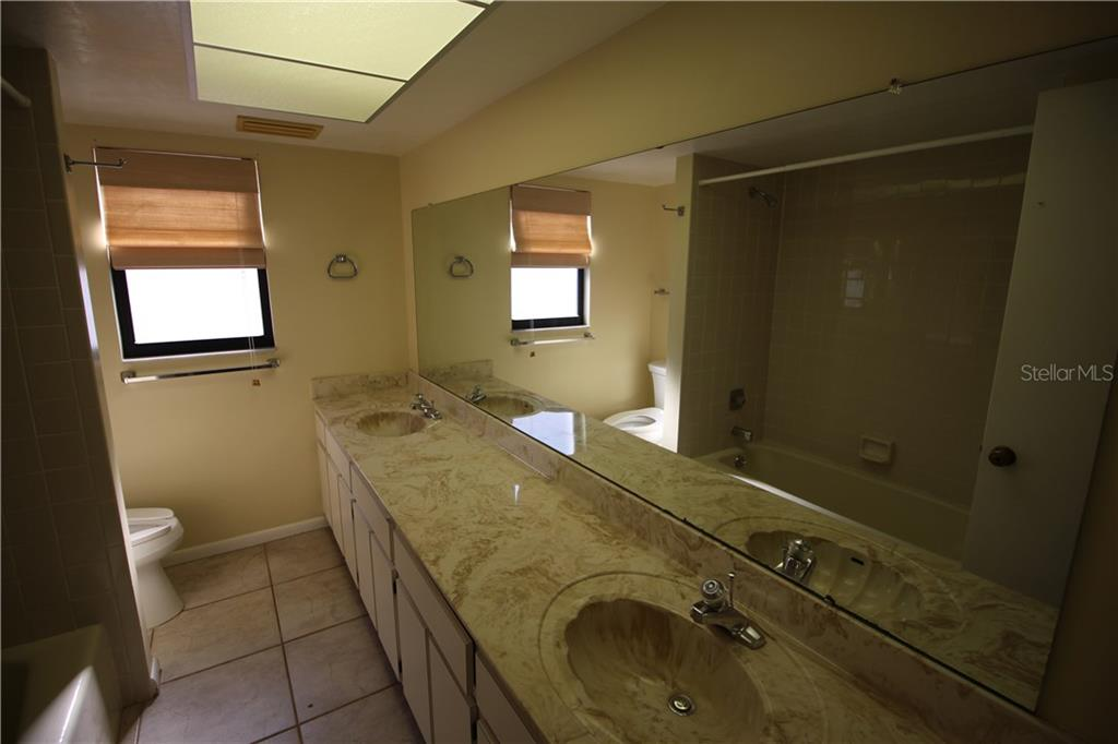 Double Sinks in Guest Bathroom - Condo for sale at 970 Palm Ave #225, Boca Grande, FL 33921 - MLS Number is D5915744