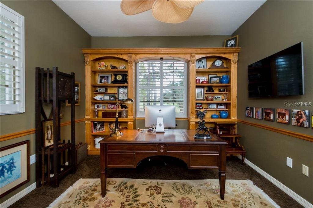 Den/Office/Library - Single Family Home for sale at 422 Wincanton Pl, Venice, FL 34293 - MLS Number is D6101809