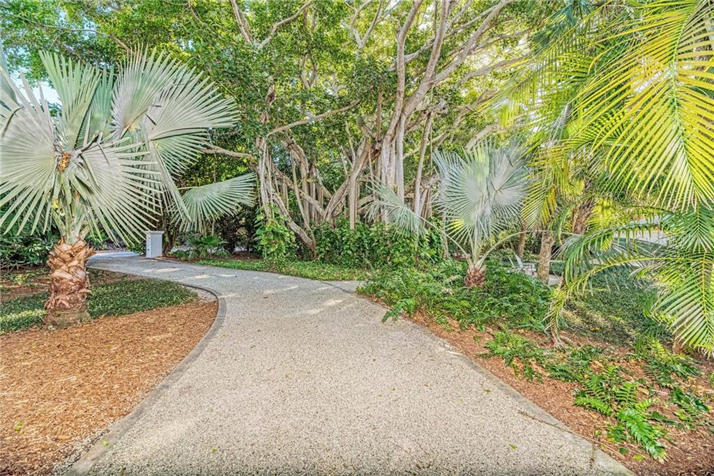 Single Family Home for sale at 7400 Manasota Key Rd, Englewood, FL 34223 - MLS Number is D6104362