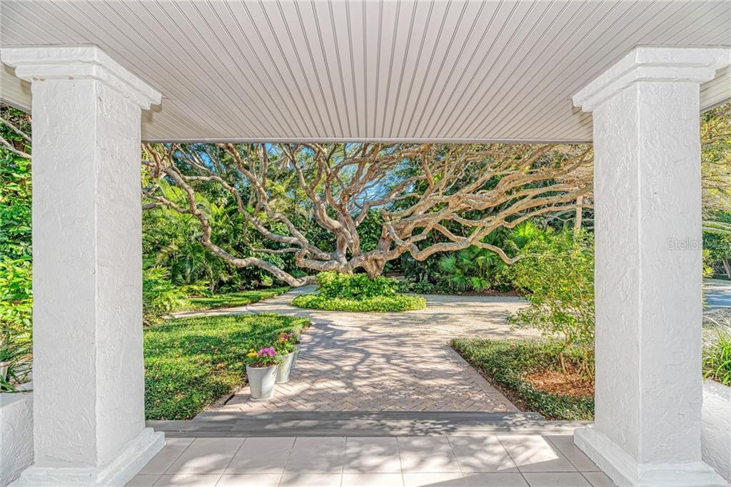 Your hard work has just paid off. - Single Family Home for sale at 7400 Manasota Key Rd, Englewood, FL 34223 - MLS Number is D6104362