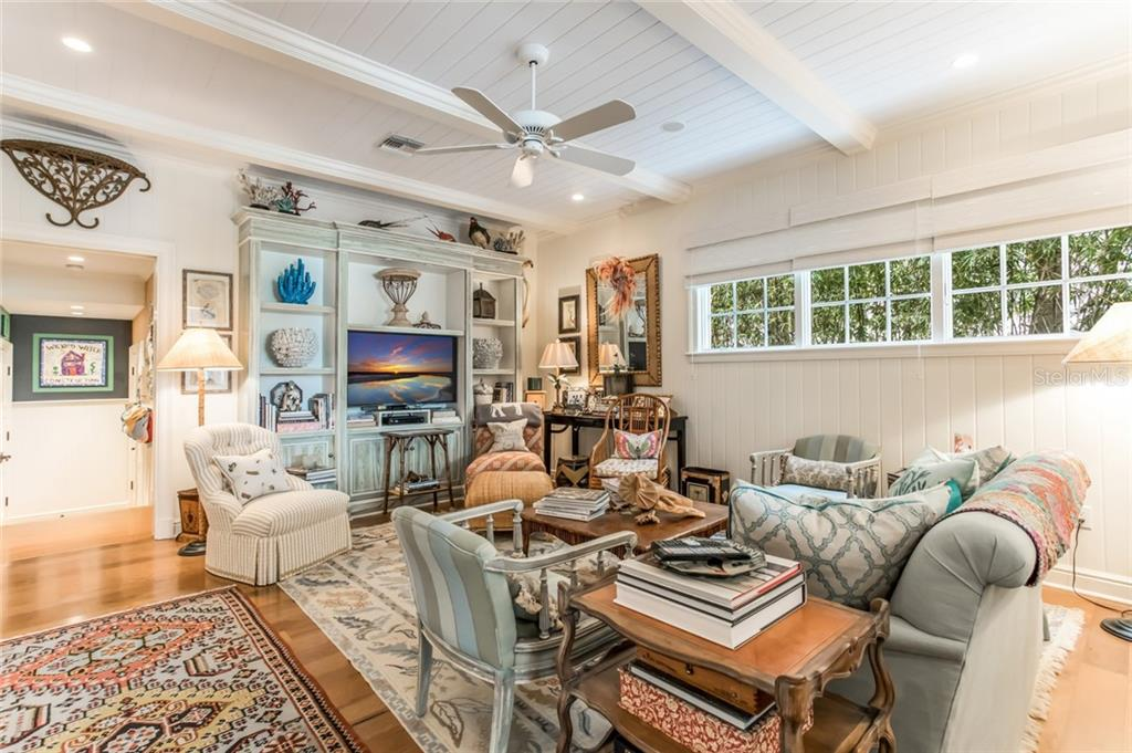 Family room - Single Family Home for sale at 300 Lee Ave, Boca Grande, FL 33921 - MLS Number is D6106440