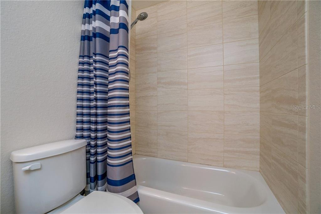 ANOTHER LOOK AT THE SECOND BATHROOM. - Single Family Home for sale at 112 Boxwood Ln, Rotonda West, FL 33947 - MLS Number is D6114179