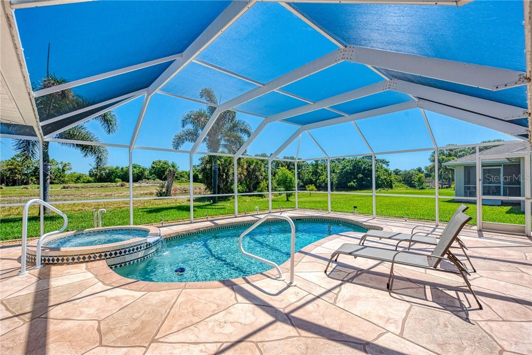 Single Family Home for sale at 104 Fairway Rd, Rotonda West, FL 33947 - MLS Number is D6117895