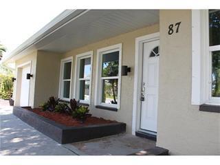 87 Oakland Hills Ct, Rotonda West, FL 33947