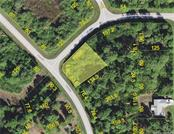 6200 Pennell St, Englewood, FL 34224