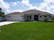 37 Sportsman Cir, Rotonda West, FL 33947