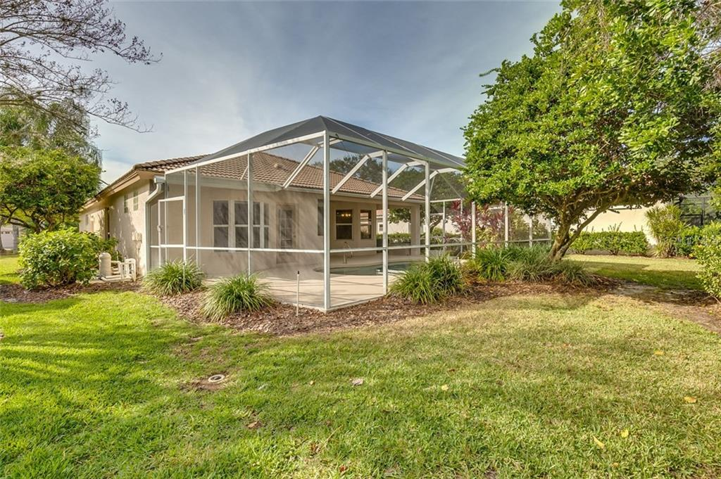 Single Family Home for sale at 10053 Glenmore Ave, Bradenton, FL 34202 - MLS Number is T3136592