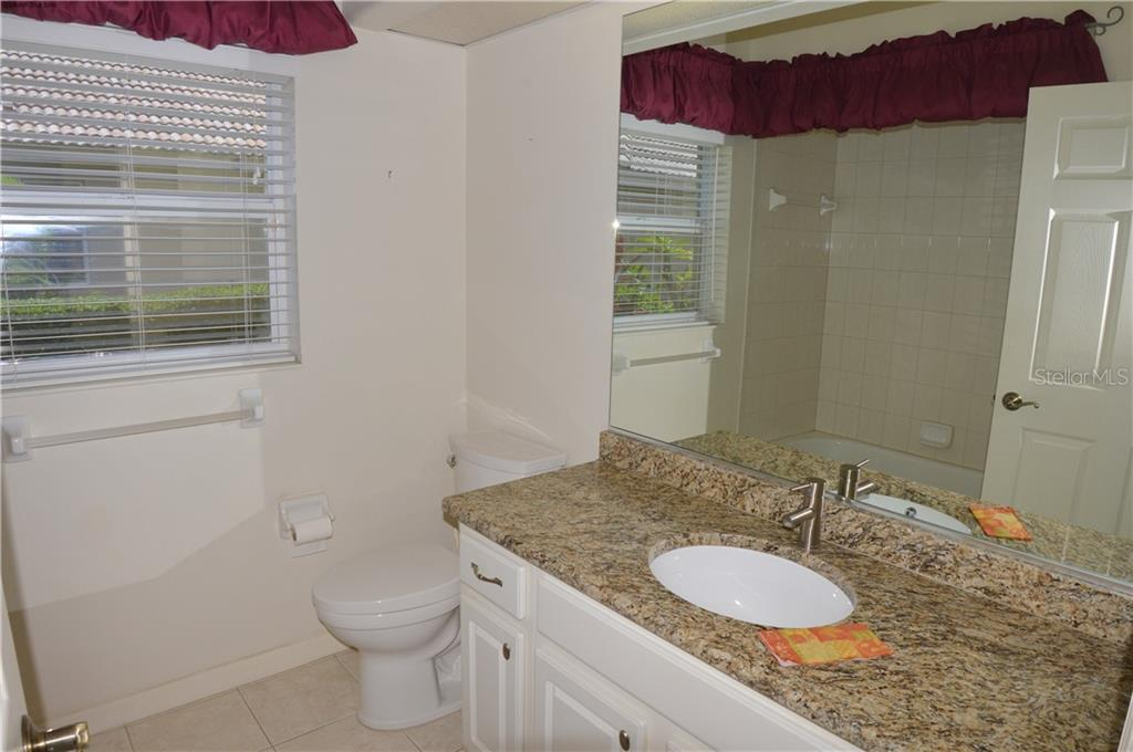 Single Family Home for sale at 1025 Grouse Way, Venice, FL 34285 - MLS Number is O5736747