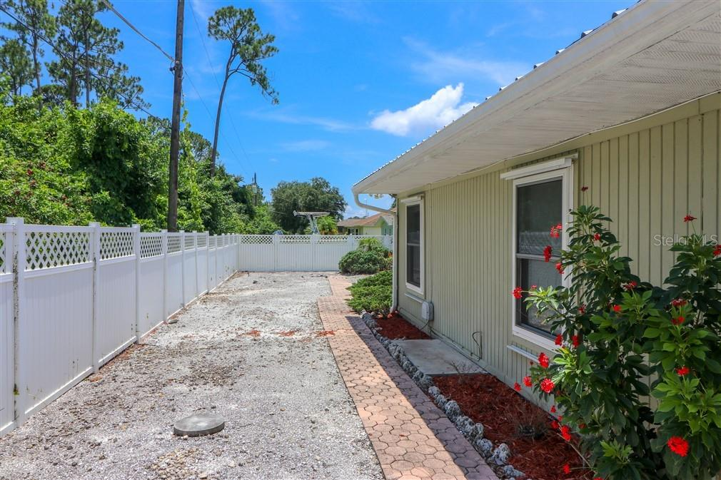R.V. parking and hook up - Single Family Home for sale at 3262 Great Neck St, Port Charlotte, FL 33952 - MLS Number is C7403390