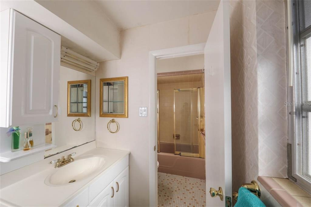 Owner's bath has large closet & separate tub/toilet section. - Single Family Home for sale at 2291 Bayview Rd, Punta Gorda, FL 33950 - MLS Number is C7409445