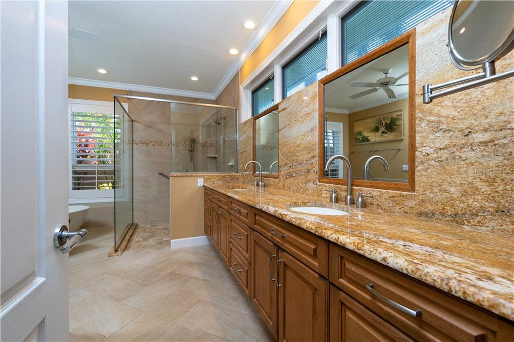 MASTER BATH WITH DUAL SINKS, LARGE WALK IN SHOWER AND SEPARATE TUB - Single Family Home for sale at 3537 Caya Largo Ct, Punta Gorda, FL 33950 - MLS Number is C7431664