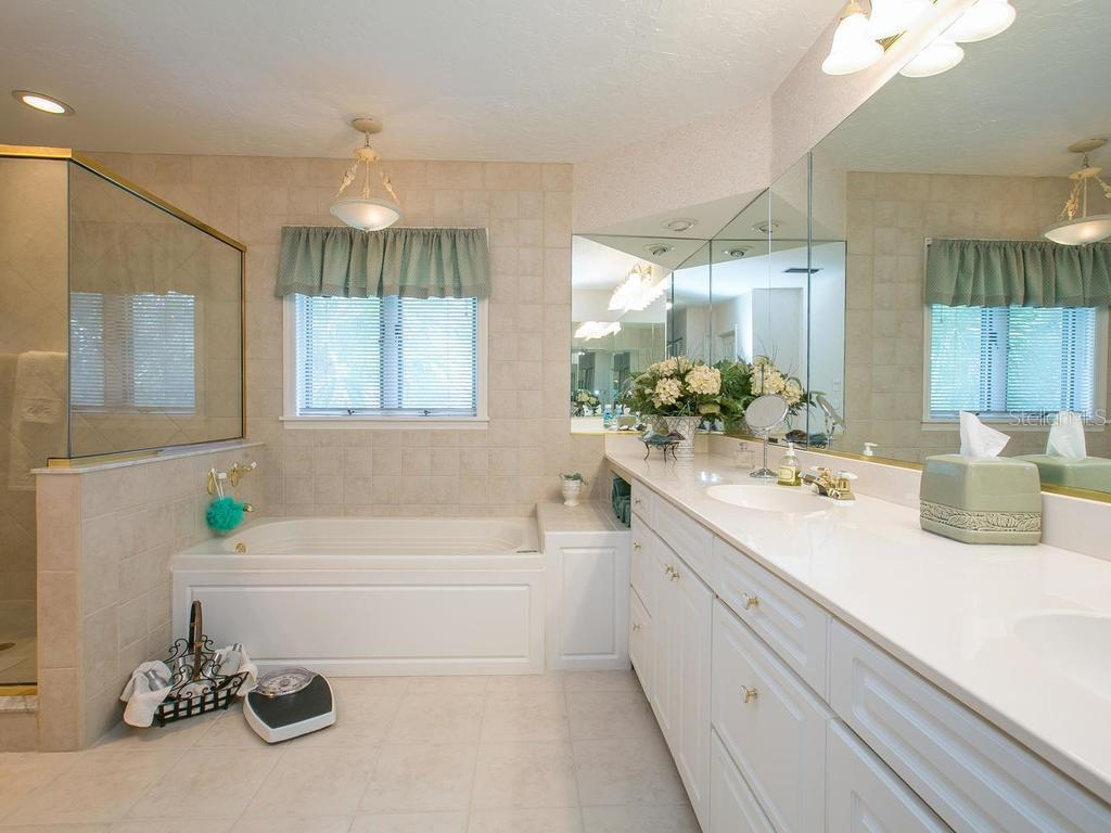 Master bathroom - Single Family Home for sale at 1272 Riegels Landing Dr, Sarasota, FL 34242 - MLS Number is A4160033