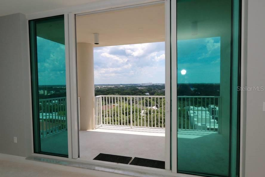 Spacious balcony with southern exposure - Condo for sale at 1771 Ringling Blvd #1108, Sarasota, FL 34236 - MLS Number is A4162718