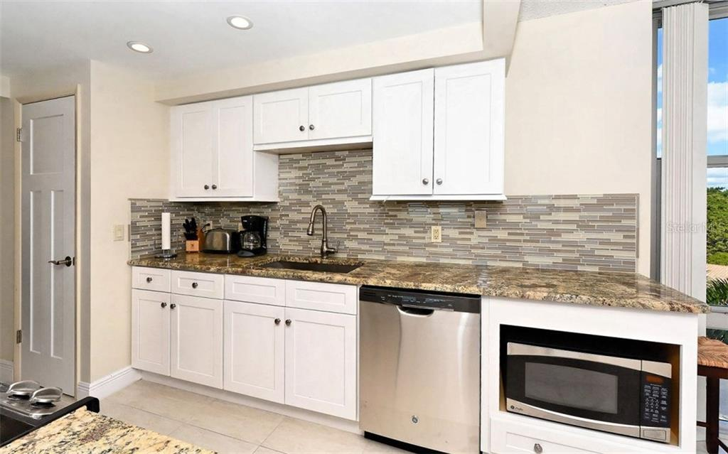 New Kitchen - Condo for sale at 1701 Gulf Of Mexico Dr #505, Longboat Key, FL 34228 - MLS Number is A4170632