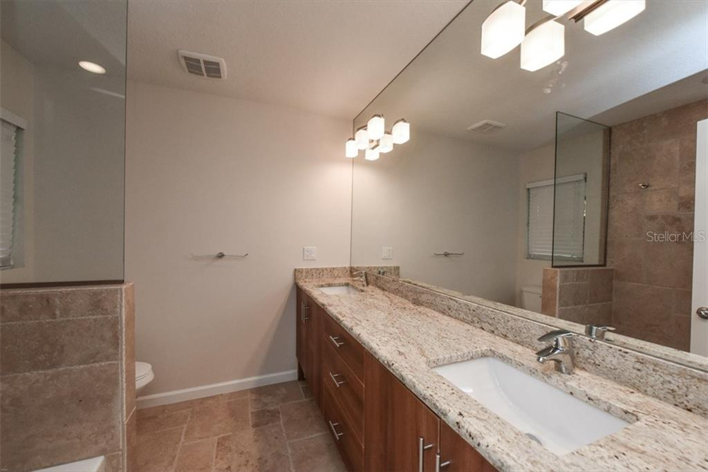 Bedroom 3 - Single Family Home for sale at 6701 Avenue B, Sarasota, FL 34231 - MLS Number is A4171657