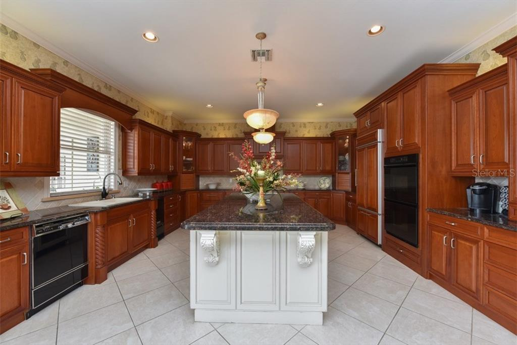 A dream kitchen for the chef in the family - Single Family Home for sale at 4298 Boca Pointe Dr, Sarasota, FL 34238 - MLS Number is A4176372