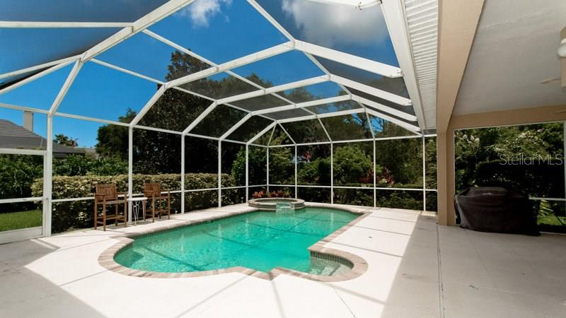 Single Family Home for sale at 8838 Bloomfield Blvd, Sarasota, FL 34238 - MLS Number is A4177313
