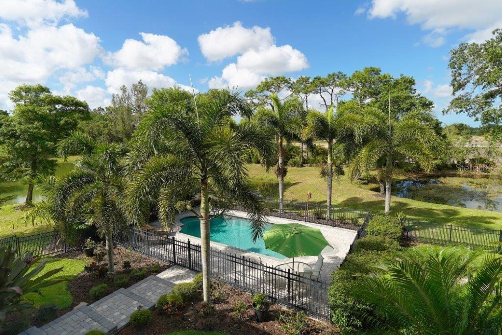 Single Family Home for sale at 7220 Proctor Rd, Sarasota, FL 34241 - MLS Number is A4184129
