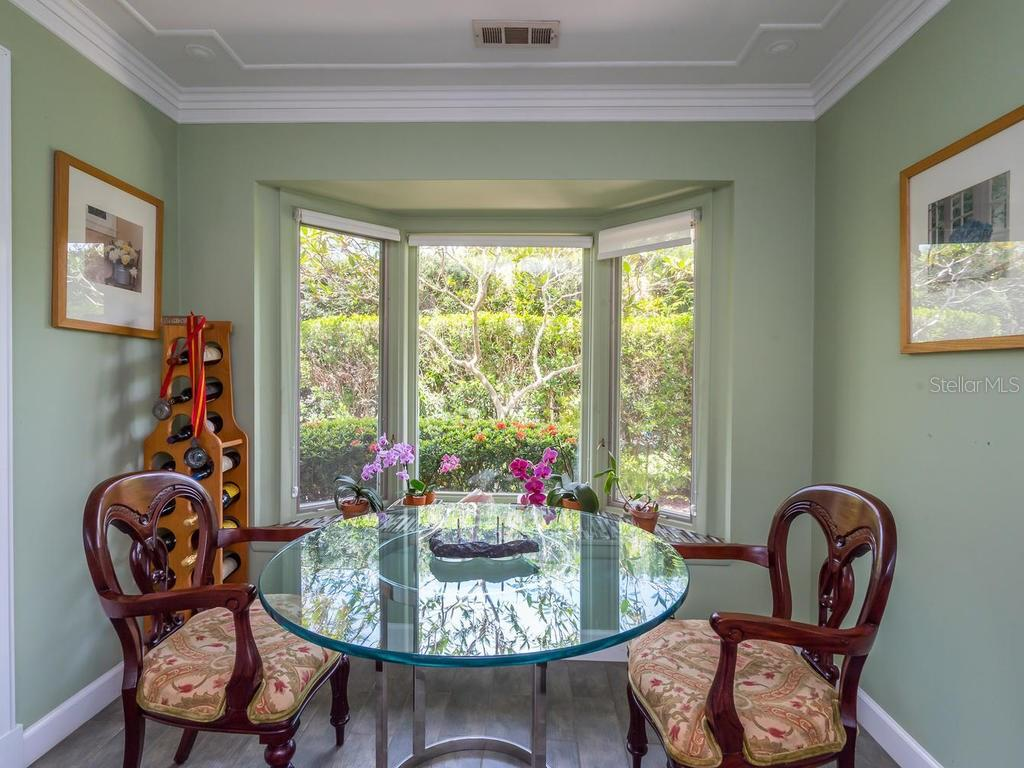 Breakfast area - Single Family Home for sale at 319 Bob White Way, Sarasota, FL 34236 - MLS Number is A4184394
