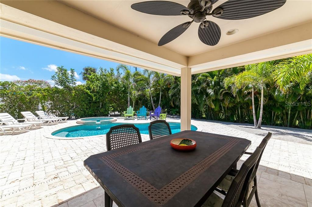 There is no lack of privacy here! - Single Family Home for sale at 413 Bay Palms Dr, Holmes Beach, FL 34217 - MLS Number is A4184679