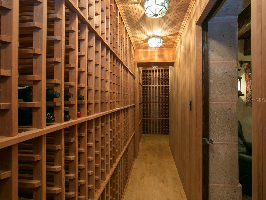 5000 bottle climate-controled wine cellar - Single Family Home for sale at 100 S Warbler Ln, Sarasota, FL 34236 - MLS Number is A4184994