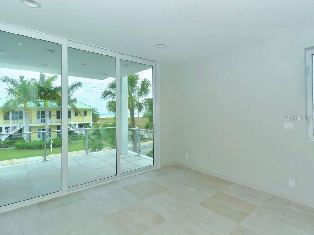 Master Bedroom - Single Family Home for sale at 641 Beach Rd, Sarasota, FL 34242 - MLS Number is A4185328