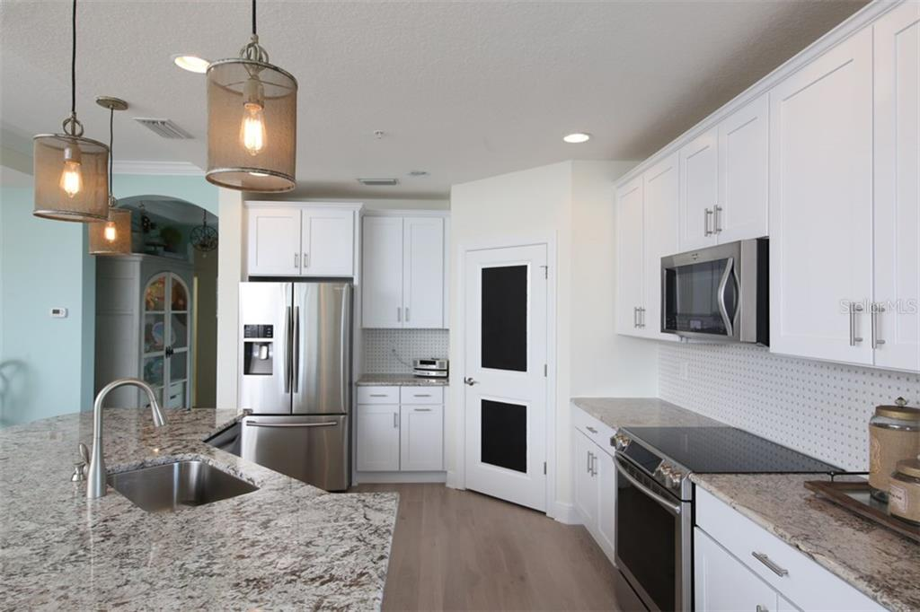 Kitchen - Condo for sale at 1255 Riverscape St #n/A, Bradenton, FL 34208 - MLS Number is A4186832