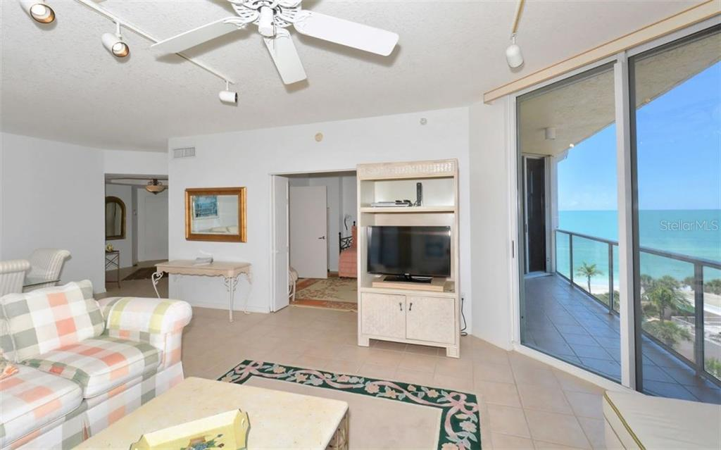 Plenty of counter space - Condo for sale at 1800 Benjamin Franklin Dr #b507, Sarasota, FL 34236 - MLS Number is A4188540
