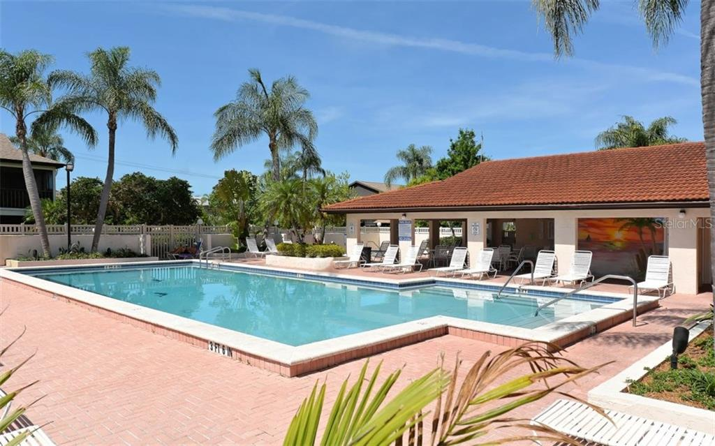 Heated pool - Condo for sale at 3827 59th Ave W #4157, Bradenton, FL 34210 - MLS Number is A4190340