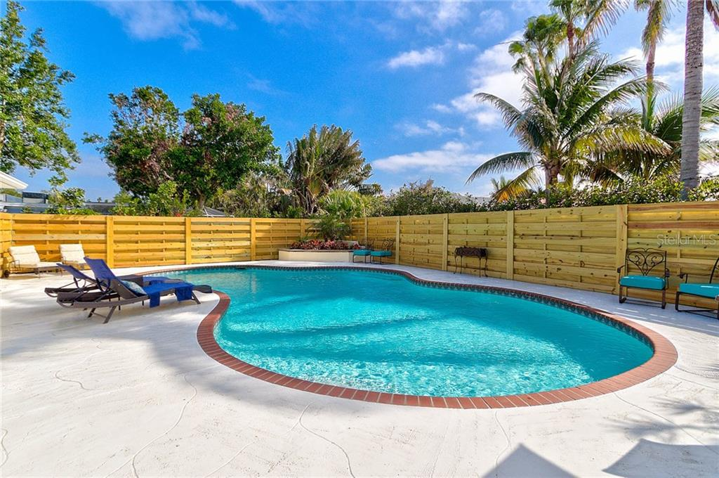 A great pool area for entertaining! - Single Family Home for sale at 501 70th St, Holmes Beach, FL 34217 - MLS Number is A4205799