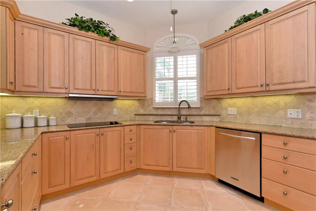 Kitchen. - Condo for sale at 5242 Parisienne Pl #201bd30, Sarasota, FL 34238 - MLS Number is A4208770