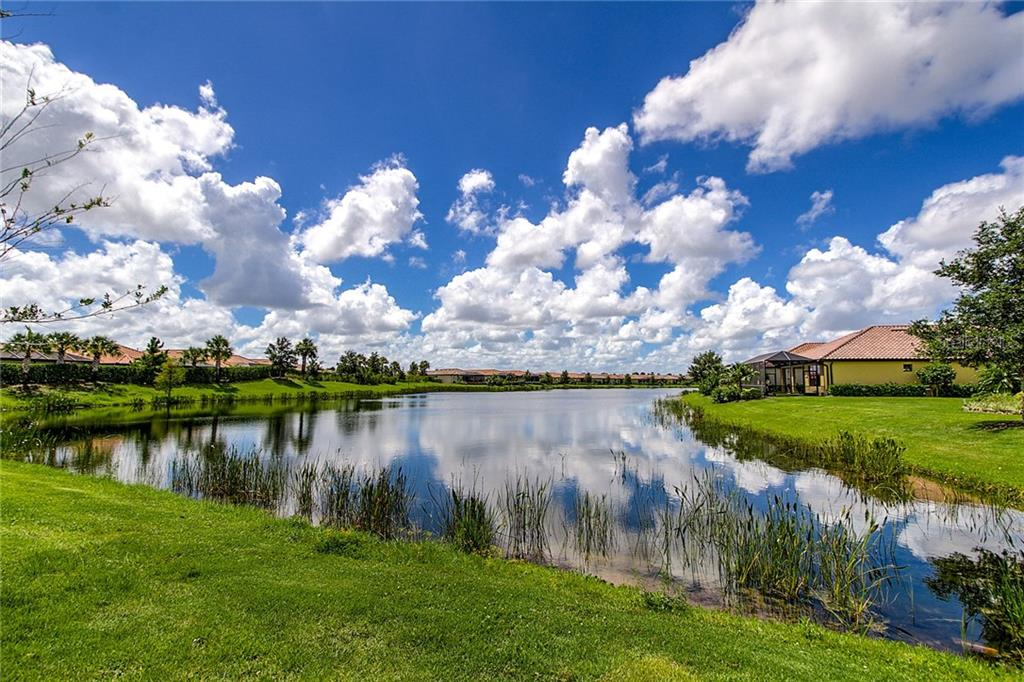 Single Family Home for sale at 13124 Palermo Dr, Bradenton, FL 34211 - MLS Number is A4209924
