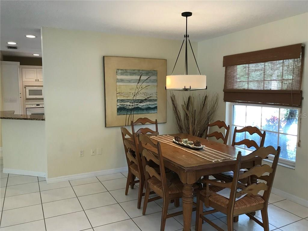 Single Family Home for sale at 5530 Cape Leyte Dr, Sarasota, FL 34242 - MLS Number is A4209986