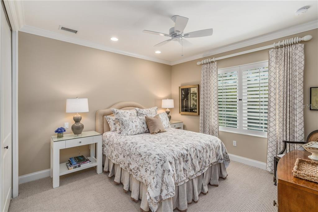 Bedroom 4 - Single Family Home for sale at 1503 Blue Heron Dr, Sarasota, FL 34239 - MLS Number is A4212851