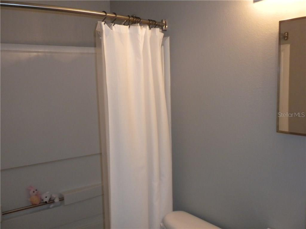 Bathroom #2 - Single Family Home for sale at 4124 Malickson Dr, Parrish, FL 34219 - MLS Number is A4214761