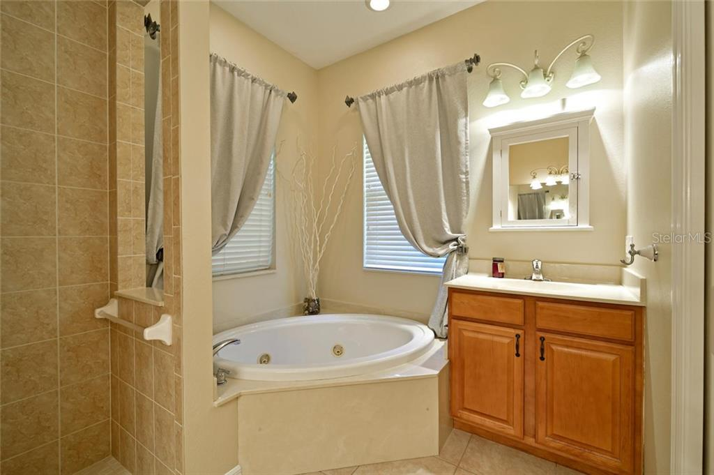 Jetted tub to relax after a long day... - Single Family Home for sale at 2123 147th Ct E, Bradenton, FL 34212 - MLS Number is A4215787