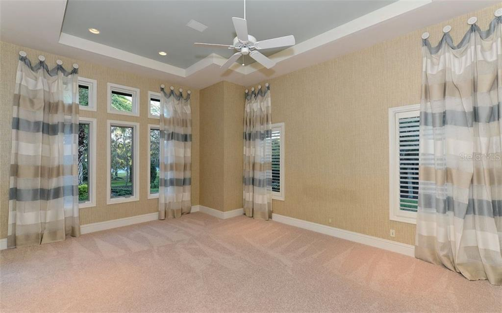 Single Family Home for sale at 10862 Leafwing Dr, Sarasota, FL 34241 - MLS Number is A4401066