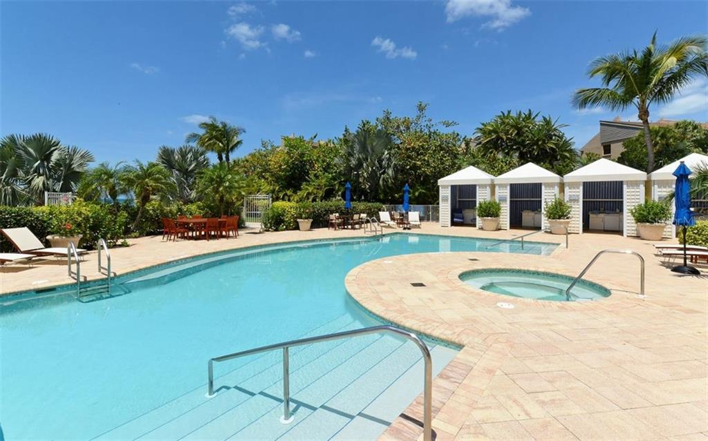 Single Family Home for sale at 1060 Seagrove Ln #ch3, Sarasota, FL 34242 - MLS Number is A4401942