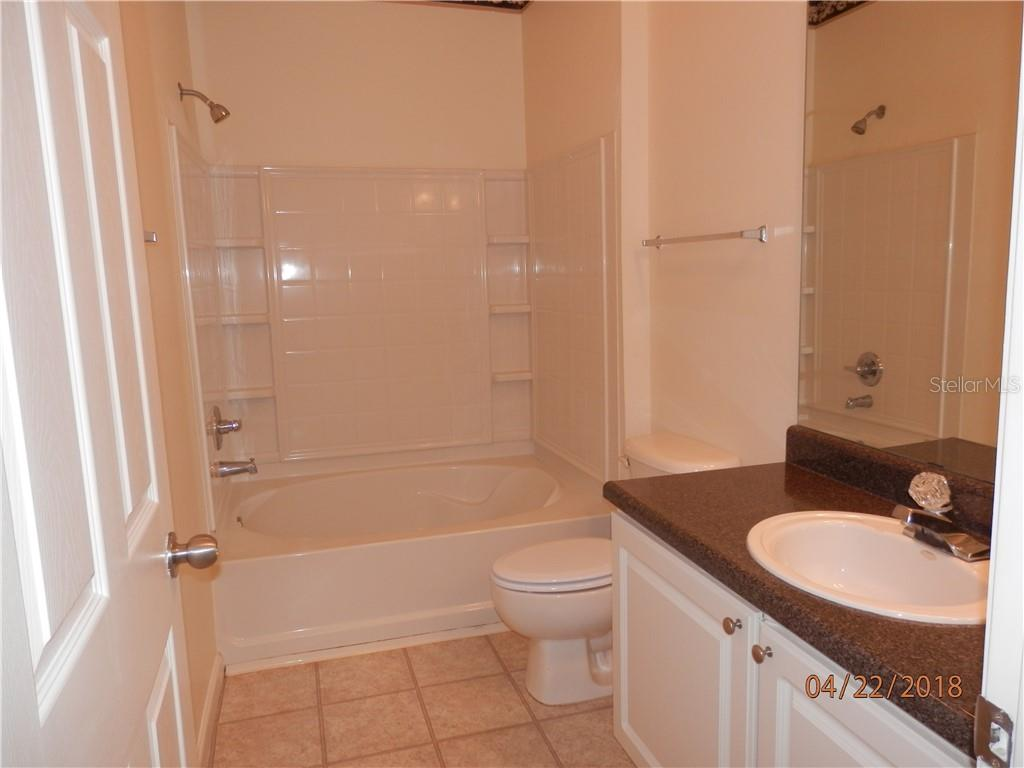Bathroom - Condo for sale at 4802 51st St W #1318, Bradenton, FL 34210 - MLS Number is A4402353