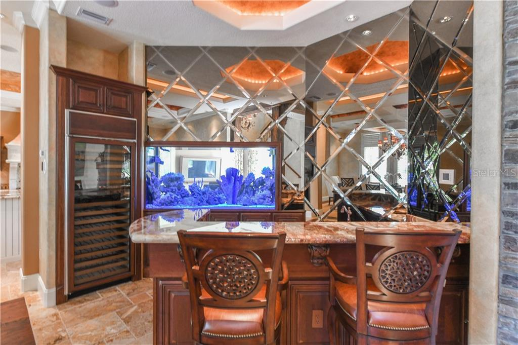 Wet Bar with Salt Water Aquarium - Single Family Home for sale at 506 Venice Ln, Sarasota, FL 34242 - MLS Number is A4402493