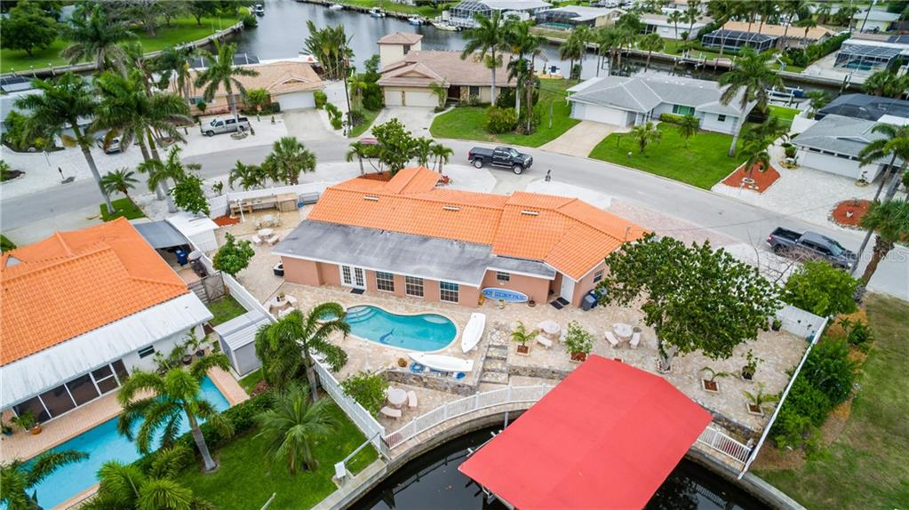 Single Family Home for sale at 4503 Bimini Dr, Bradenton, FL 34210 - MLS Number is A4403232