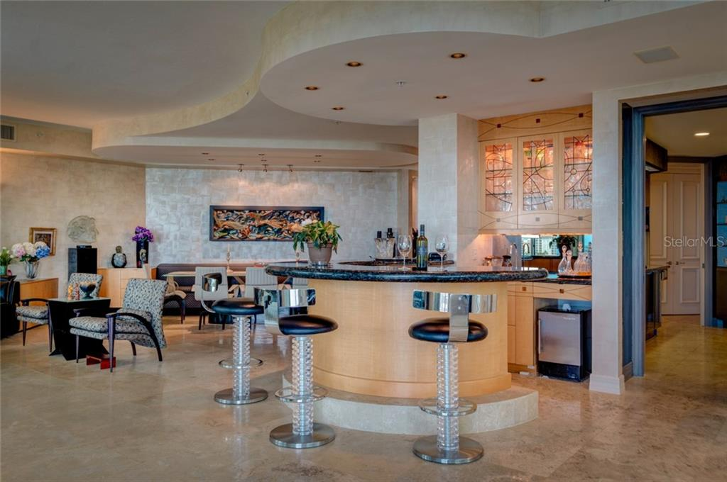 Wet Bar - Condo for sale at 340 S Palm Ave #412, Sarasota, FL 34236 - MLS Number is A4403968