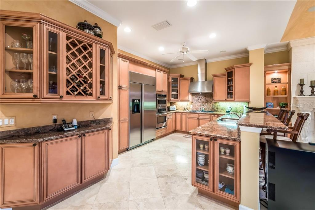 Single Family Home for sale at 531 Yardarm Ln, Longboat Key, FL 34228 - MLS Number is A4404515