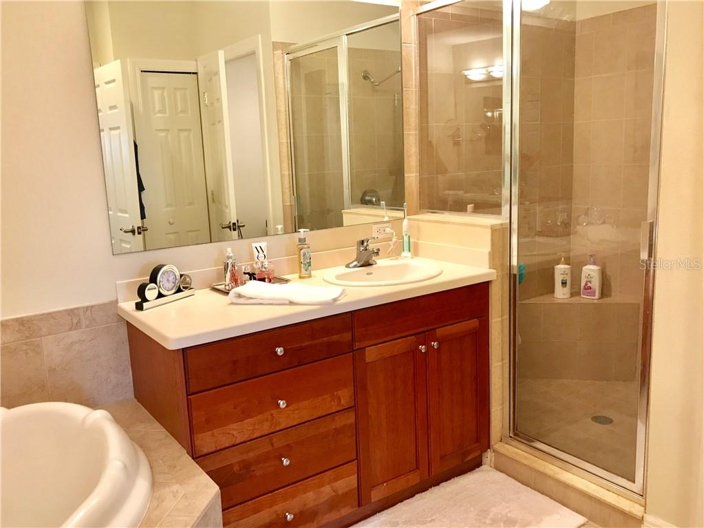Condo for sale at 1921 Monte Carlo Dr #604, Sarasota, FL 34231 - MLS Number is A4404777