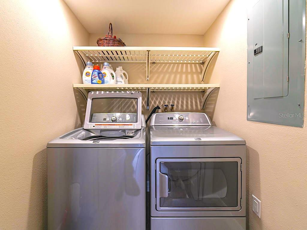 Full size washer & dryer. - Condo for sale at 4215 Gulf Of Mexico Dr #103, Longboat Key, FL 34228 - MLS Number is A4404956