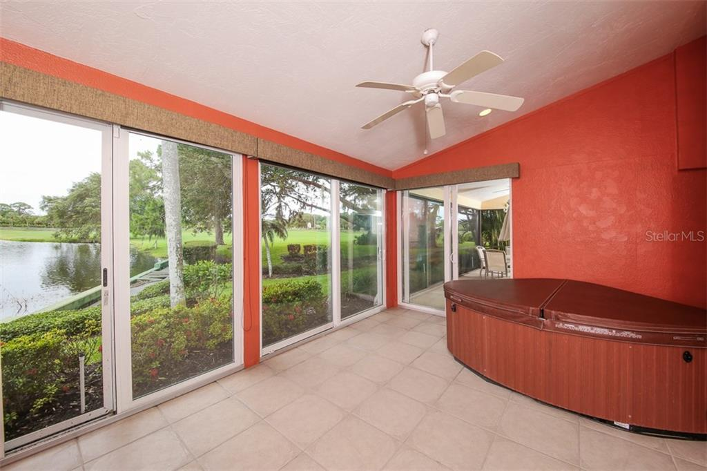 Lanai With Glass Sliders - Villa for sale at 4472 Calle Serena, Sarasota, FL 34238 - MLS Number is A4407721