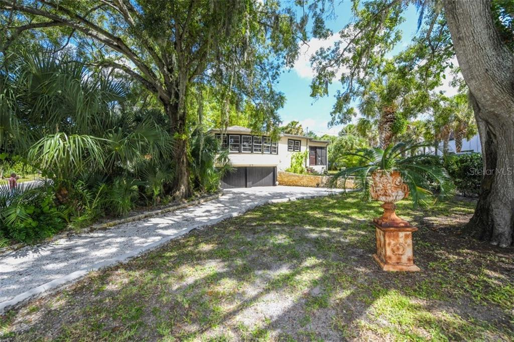 Single Family Home for sale at 1951 High Point Dr, Sarasota, FL 34236 - MLS Number is A4409293