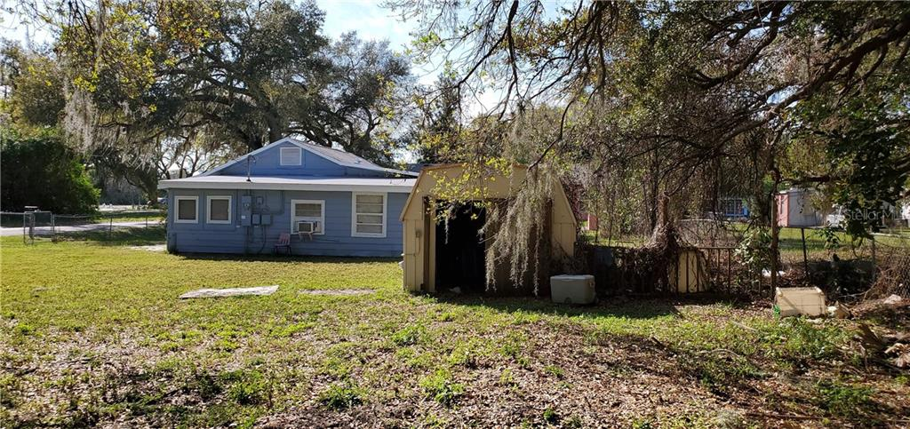 Single Family Home for sale at 3005 12th Ave E, Bradenton, FL 34208 - MLS Number is A4411204