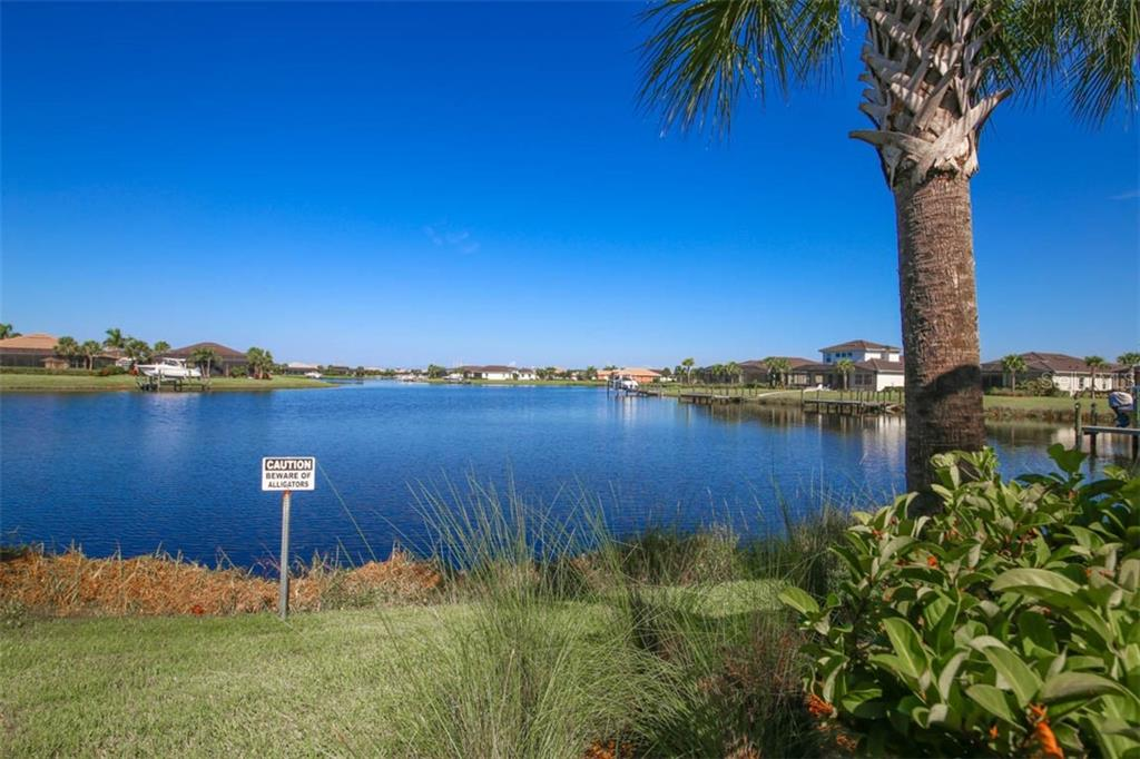 Single Family Home for sale at 5511 Tidewater Preserve Blvd, Bradenton, FL 34208 - MLS Number is A4413764