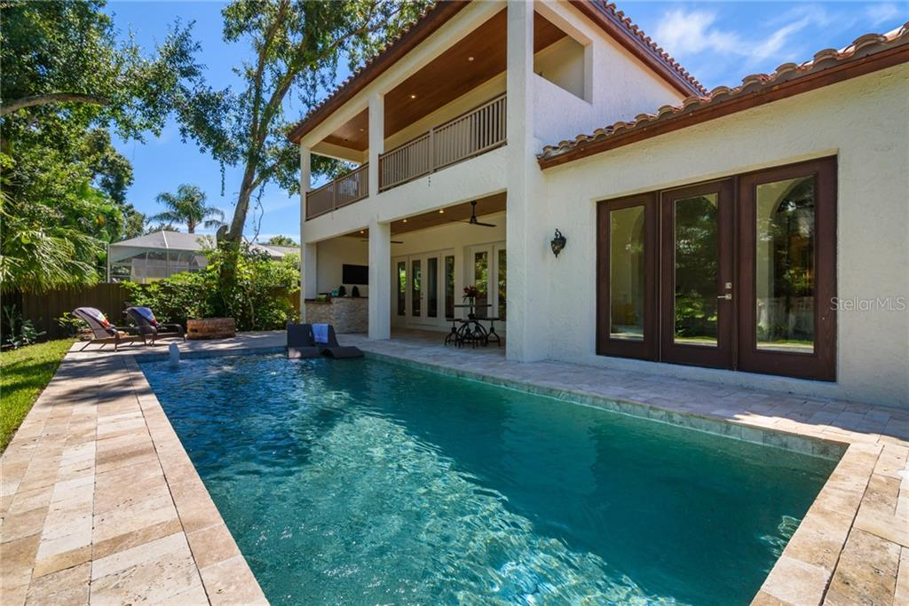 Single Family Home for sale at 1019 S Osprey Ave, Sarasota, FL 34236 - MLS Number is A4415337